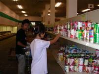 Food Bank volunteer2